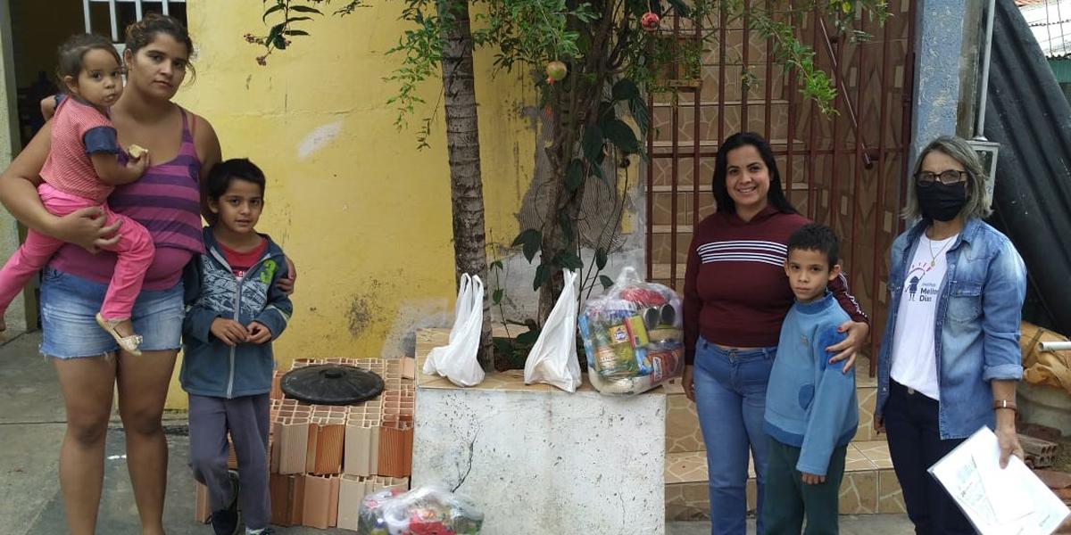 Entrega de cesta básica em Ribeirão Claro